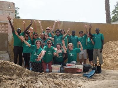 A group of Projects Abroad volunteers in Senegal