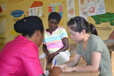 Projects Abroad volunteer on a Ga language course in Ghana