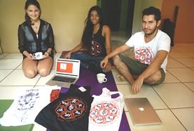 Volunteers show off their entrepreneurial concepting on a Business Project in Costa Rica