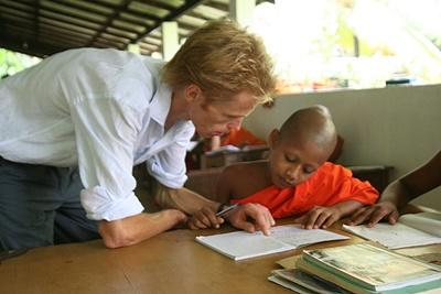 Volunteer as an English Teacher in Sri Lanka